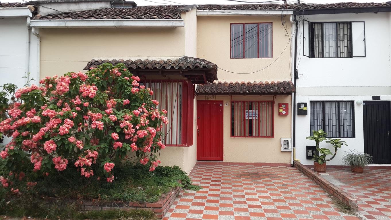 Casa En Los Samanes, Garzón–Huila (640-159)