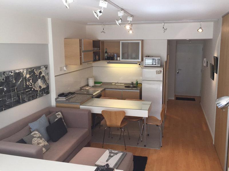 Andr s vive en 32 metros cuadrados stm inmobiliaria for Decoracion de casas de 30 metros cuadrados
