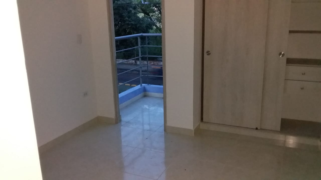 Apartaestudio 304, Barrio Cándido Leguizamo, Neiva- Huila (640-99355)