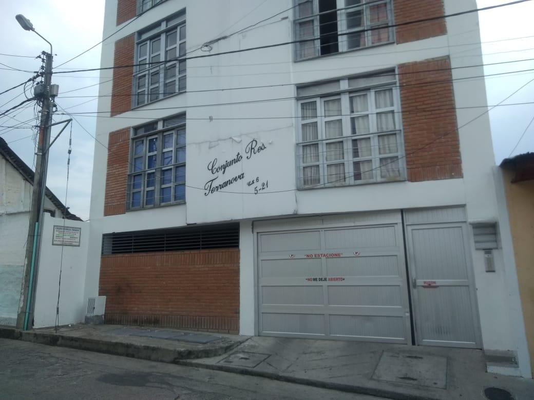 Apartamento 4° piso Edificio Terranova, En Centro, Garzón – Huila (640-99416)