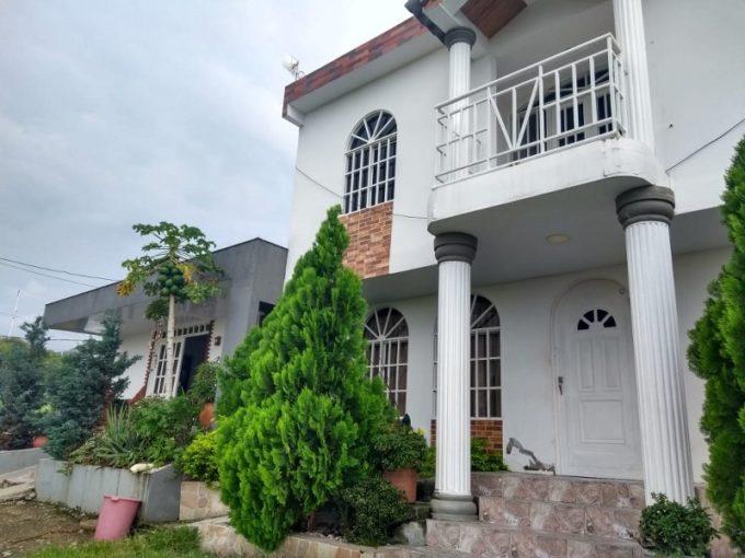 Se Vende Casa lote Brisas Del Oriente Garzón Huila Código 640-99421
