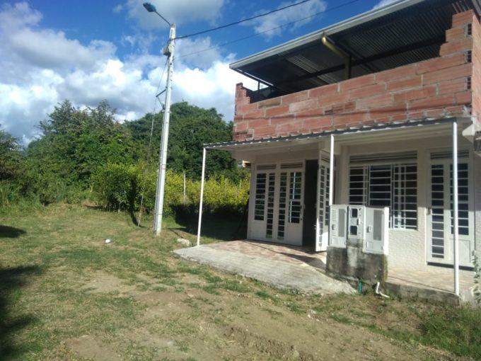 Casa, La Floresta, Garzón-Huila (640-99439)