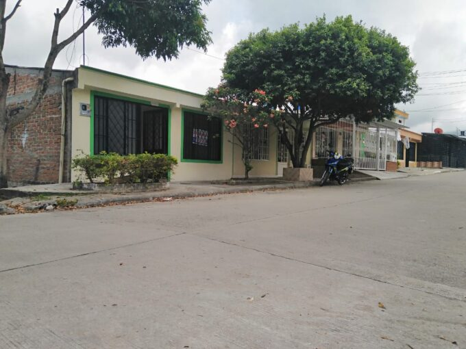 Casa, Barrio Los Laureles, Garzón-Huila (640-99494)