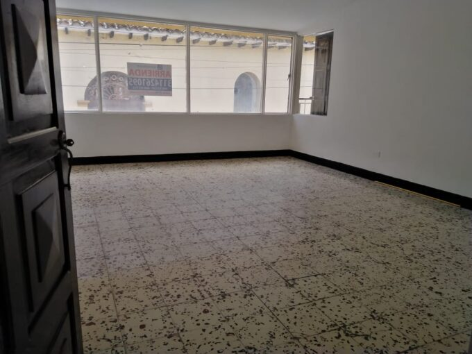 Apartamento # 2, Barrio El Centro, Garzón-Huila (640-99505)