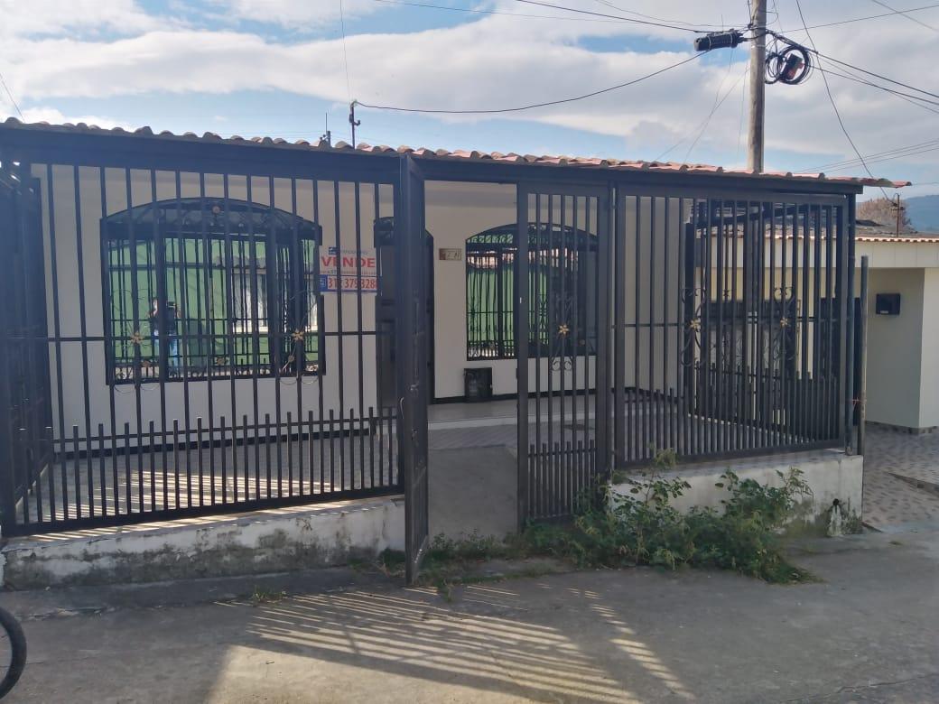 Casa, Barrio Juan Pablo II, Garzón-Huila (640-99530)