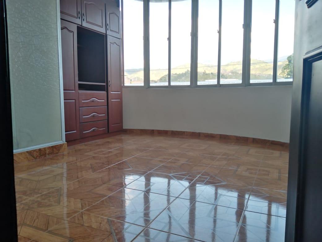 Local y Apartamento, B/ Las Mercedes, Garzón -Huila (640-99534)